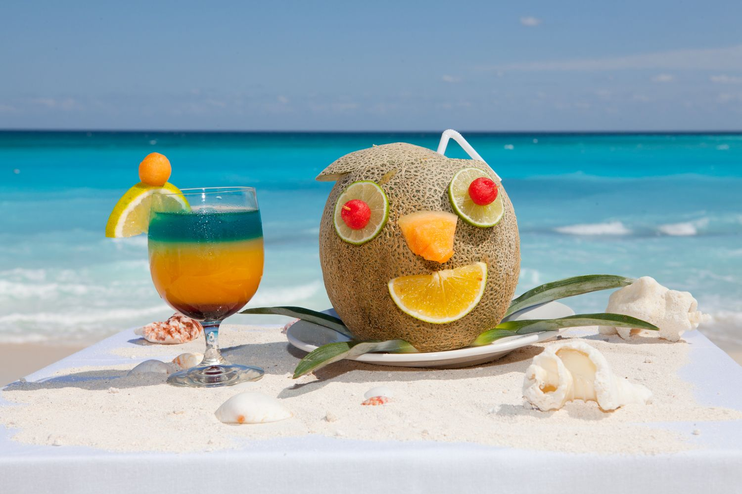 Caribbean Fun: Guacamaya Maya And Caribbean Melon! Yummy Drinks And Fun