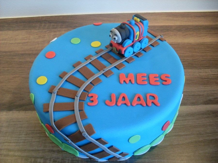 New Thomas de trein taart | Visions of Deliciousness! - Birthday Cake #YB89