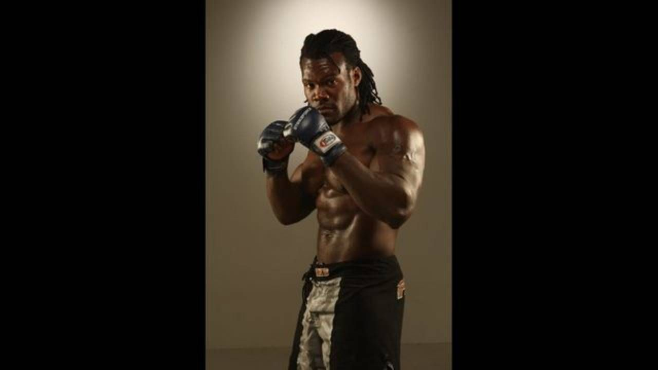 Tuskegee Alum Ronald Glenn Abongo Humphrey Ii Was A Professional Mixed Martial Arts Fighter Who Started His Profe Movie Black Mma Fighters Film Black Panther