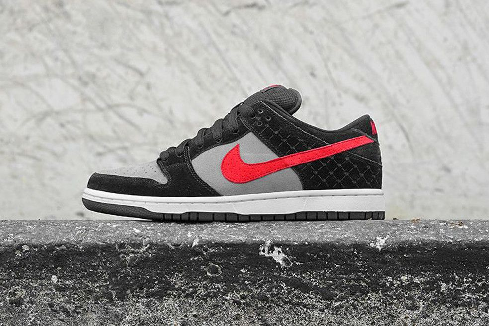 """nike emploi memphis - The Nike Dunk Low Premium SB """"Primitive"""" carries a buttery suede ..."""
