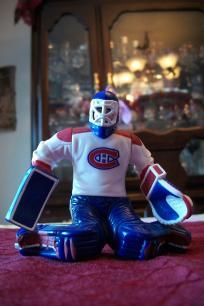 "$5.99~FREE~SHIPPING~GREAT  JEFF HACKETT MONTREAL CANADIANS FULL GEER.GREAT DETAILS GREAT COLORS 3-1/4"" X 3-1/2"" ALL SALES ARE FINAL SORRY NO refunds or RETURNS.FREE SHIPPING WITHIN THE 48 US STATES ONLY,PLEASE TAKE A LOOK AT ALL MY OTHER GREAT ITEMS TH..."