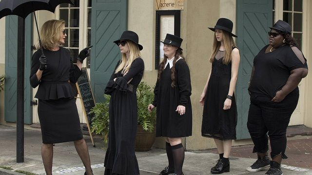 How To Dress Like A Witch Weddings