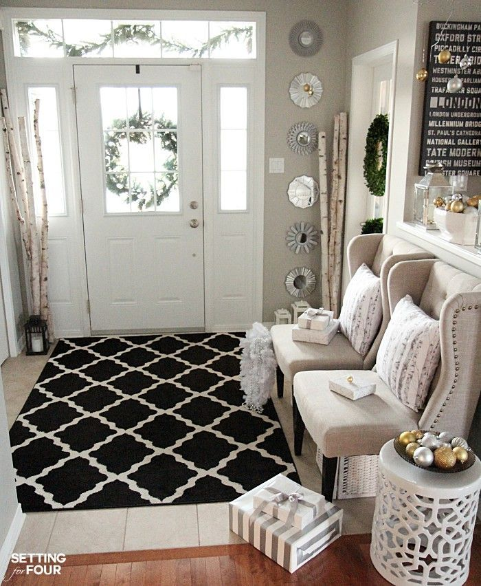 Foyer Rug Placement : Elegant and neutral christmas foyer foyers decorating