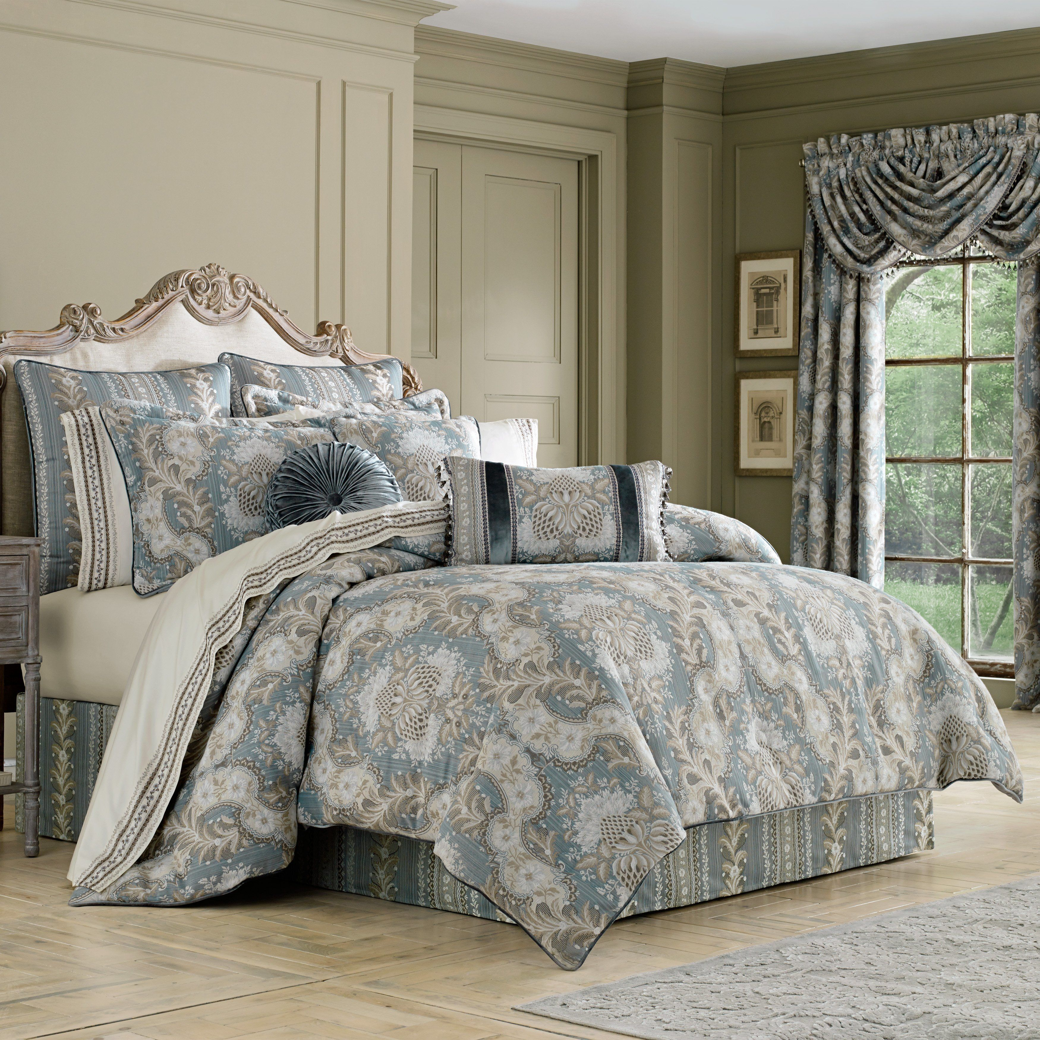 Crystal Palace French Blue 4 Piece Comforter Set In 2020 King Comforter Sets Comforter Sets Queen Comforter Sets