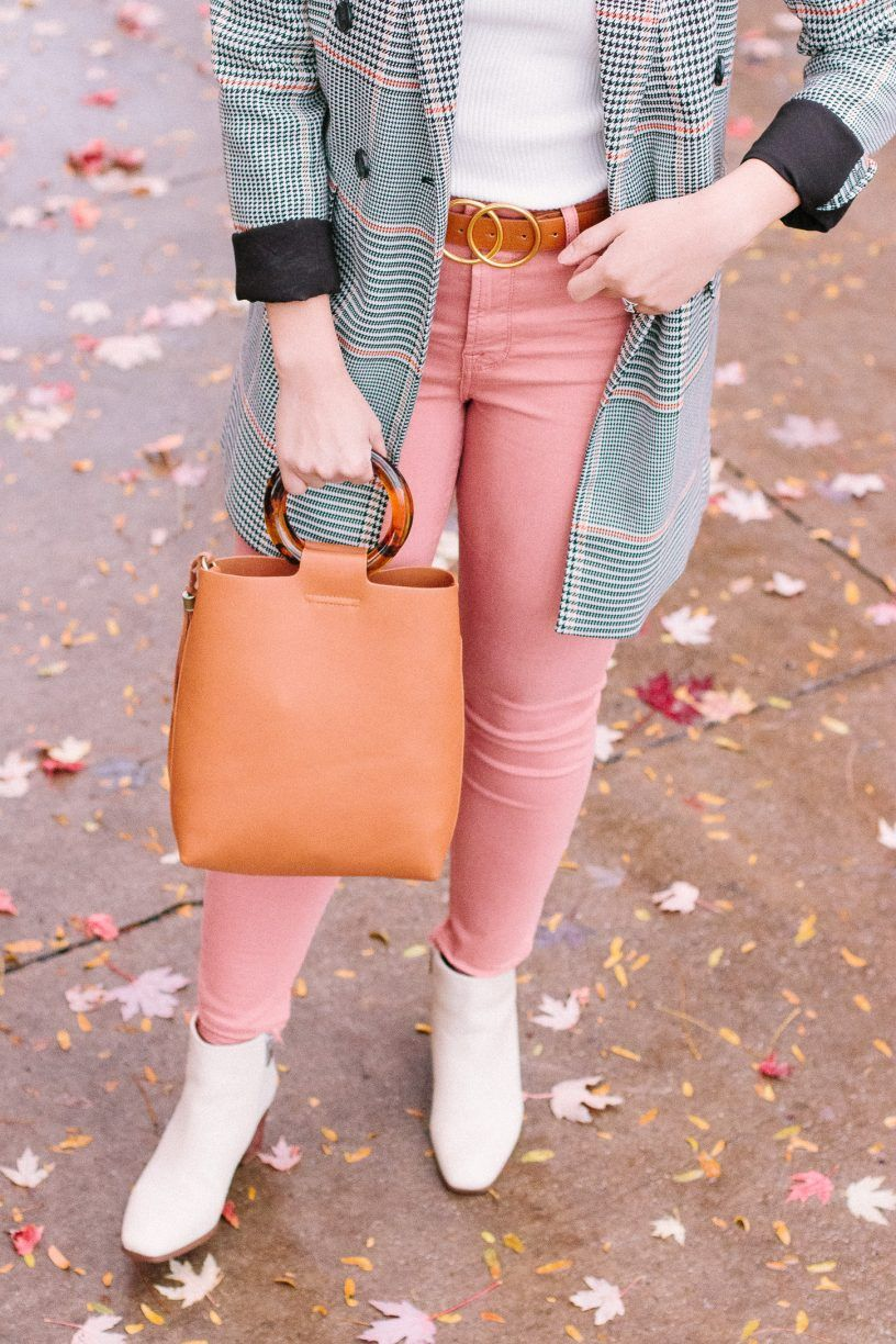 How to riding wear boots and leggings, High Black heels with bows