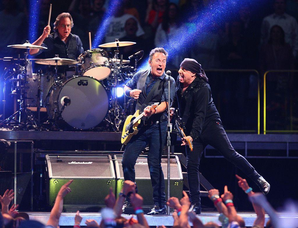 Bruce Springsteen Photos Photos Bruce Springsteen & The