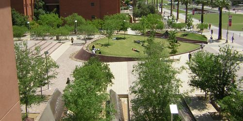 Hargreaves Associates   Hargreaves Associates University Of Arizona    Alumni Plaza