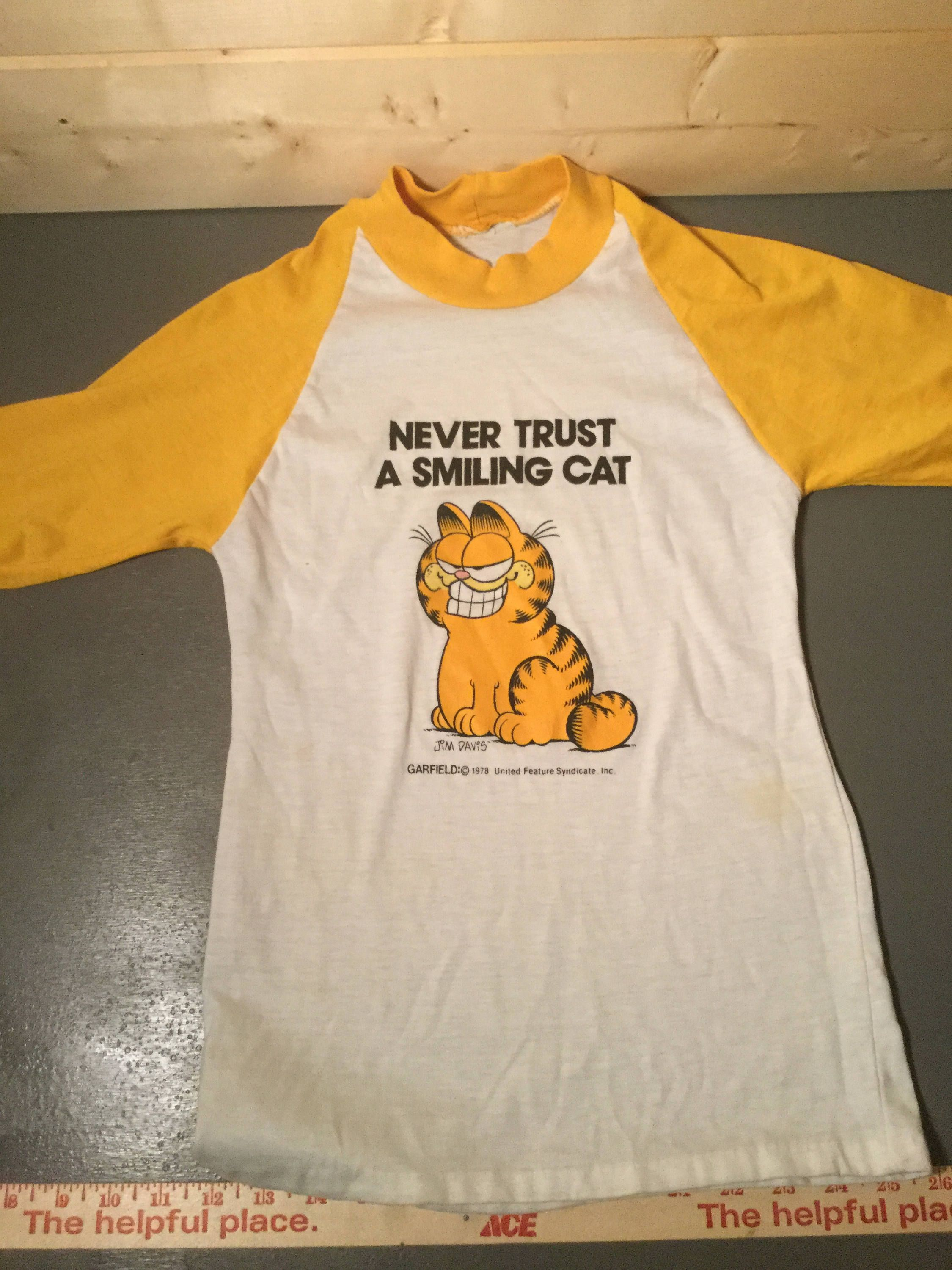 Vintage 1980 S Garfield Cartoon 50 50 Raglan T Shirt Made In Usa By 413productions On Etsy Vintage Shirts Vintage Tshirts Mens Long Sleeve Tee