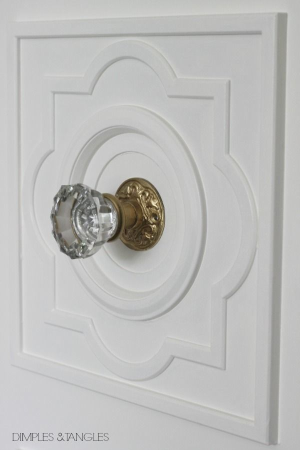 DIY CUSTOM DOOR MOULDING USING A CEILING MEDALLION & DIY CUSTOM DOOR MOULDING USING A CEILING MEDALLION | Ceiling ... pezcame.com