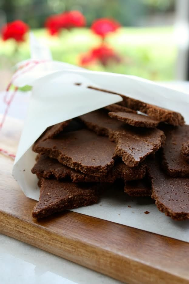Raw Dark Chocolate Bark (VG, GF, Refined Sugar Free
