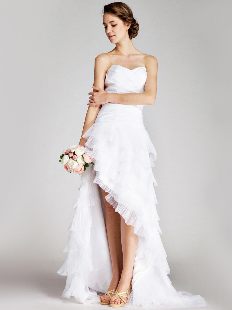 Not The Traditional Wedding Dress But Still Really Cute Short Wedding Dress Wedding Dresses High Low Wedding Dresses [ 1024 x 768 Pixel ]