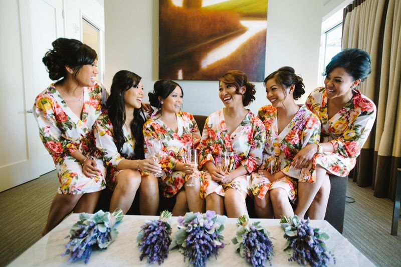 Floral robes for bridesmaids. Lavender wedding.