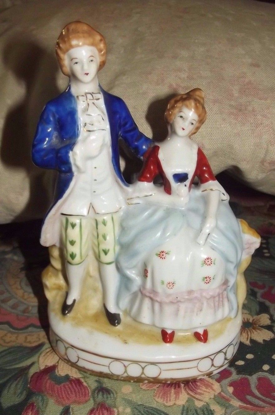 Maruyama Made In Occupied Japan Colonial Couple Porcelain Figurine 1940 S Occupied Japan Porcelain Figurines Figurines