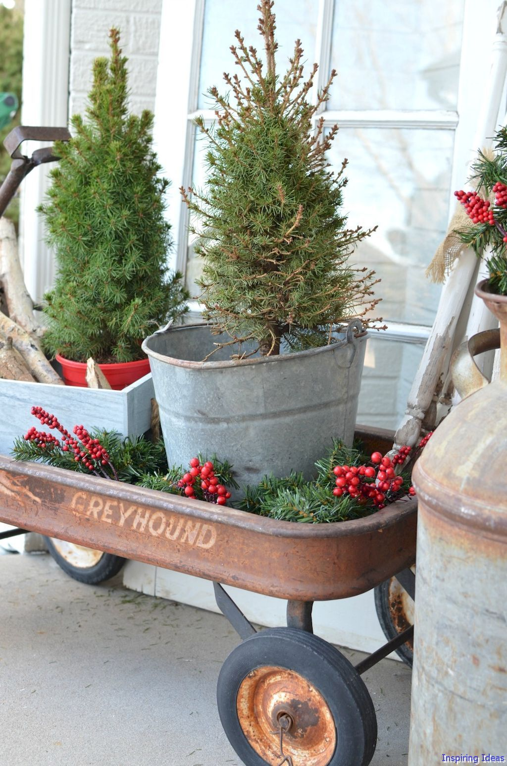 38 joyful christmas porch decor ideas - Rustic Christmas Porch Decorating Ideas