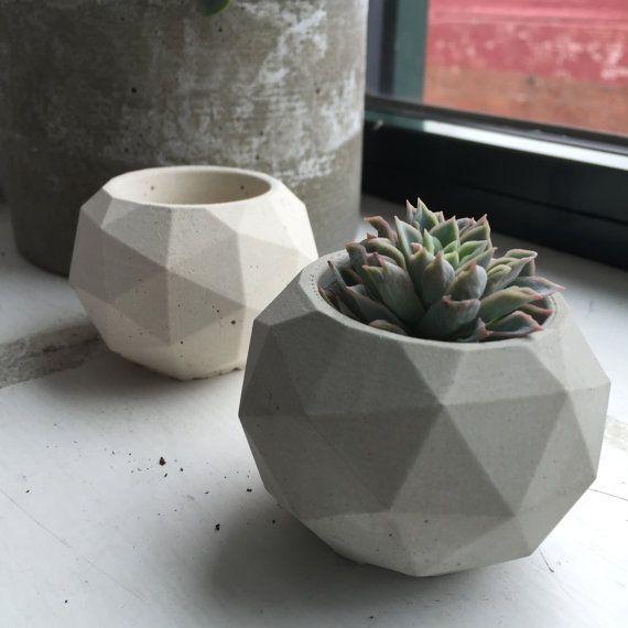 Geodesic Concrete Planter: Esfera Geodésica De Silicona Molde Tamaño Pequeño Por