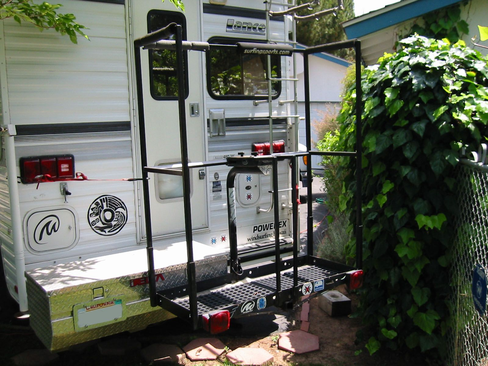 Surfingsports Com Wardog S Wheeless Trailer Vertical