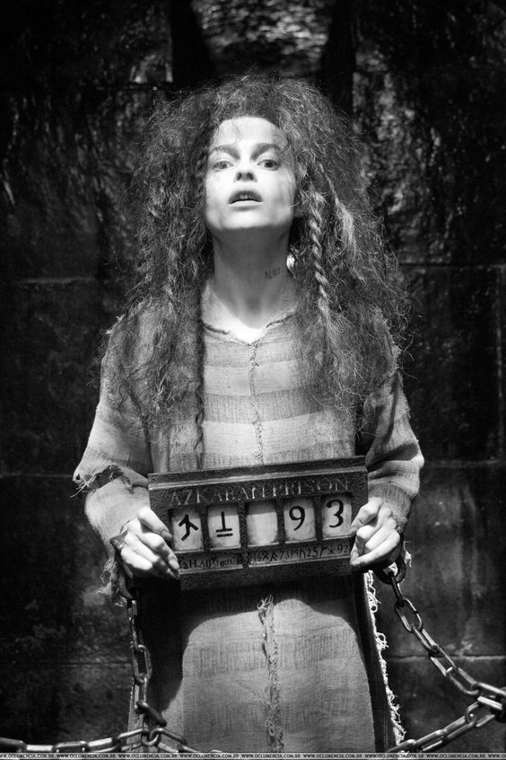 Diy Bellatrix Lestrange Costume Maskerix Com Harry Potter Bellatrix Lestrange Bellatrix Lestrange Bellatrix Lestrange Costume