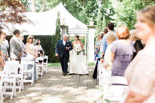Reasons To Hire A Husband And Wife Wedding Photography Team Kentucky Photographer Lexington