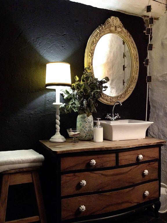mueble baño aprovechando una comoda   Alojamiento, Casas ...