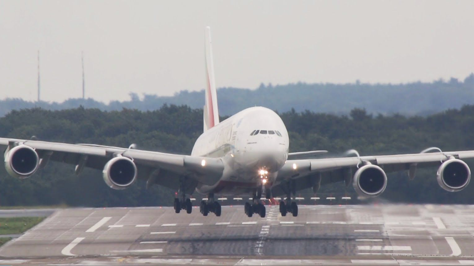 I have filmed lots of crosswind landings within the past