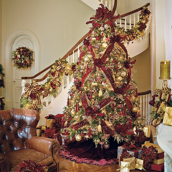 Joyeux noel ornament collection