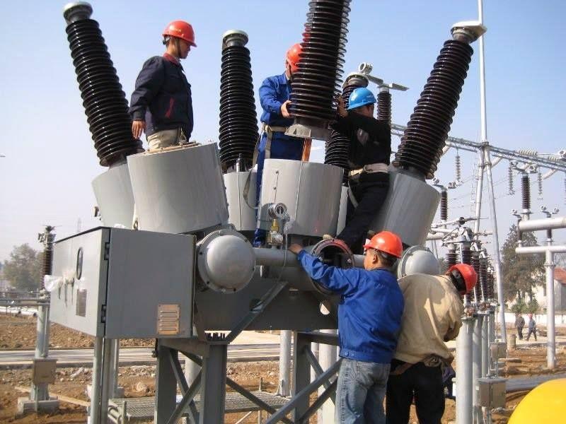 Maintenance Electrical Circuit Breaker Power System
