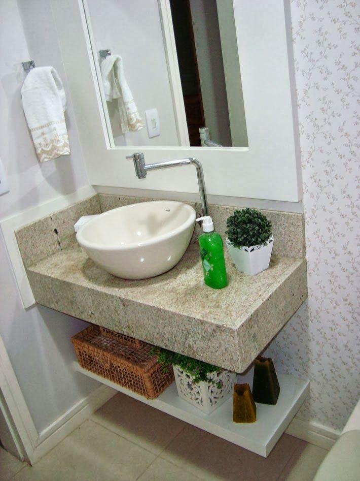Fabuloso uma prateleira embaixo da pia, uma decoração clean e pronto  AT01