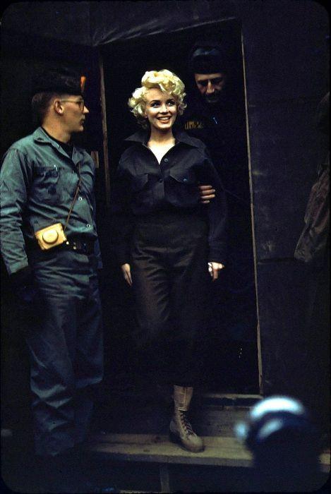 Поездка Мэрилин Монро в Корею (1954).   Фото: mashable.com.