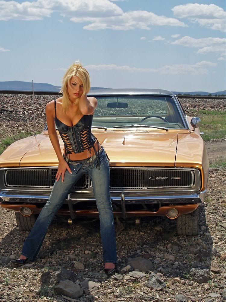 nude girls in old cars