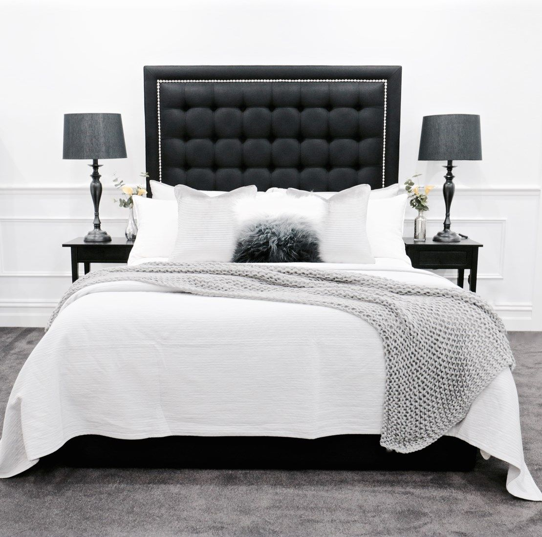 upholstered beds  upholstered bedheads  headboards  buttoned bed  buttoned bedhead  chesterfield