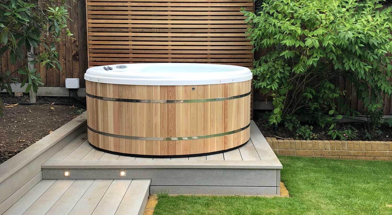 Cedar Hot Tubs Round Hot Tub Backyard Cedar Hot Tub Hot Tub Outdoor Modern outdoor jacuzzi tub