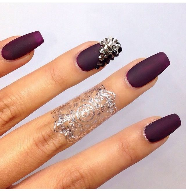 matte purple nails pinterest rosa glitzer n gel nagelschere und glitzern n gel. Black Bedroom Furniture Sets. Home Design Ideas