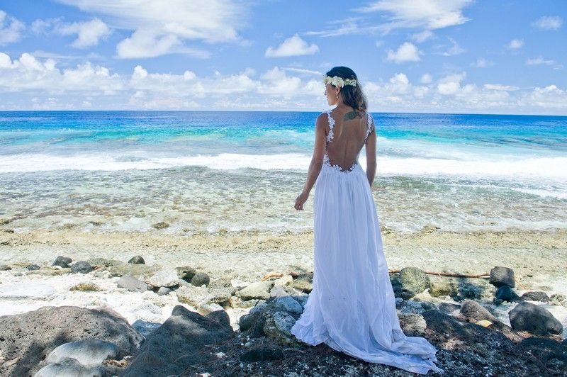 Dani Bruno Are From Brazil And They Traveled To Tahiti For Their Dream Beach Wedding In Late December Dreamed Of A Moorea Where It