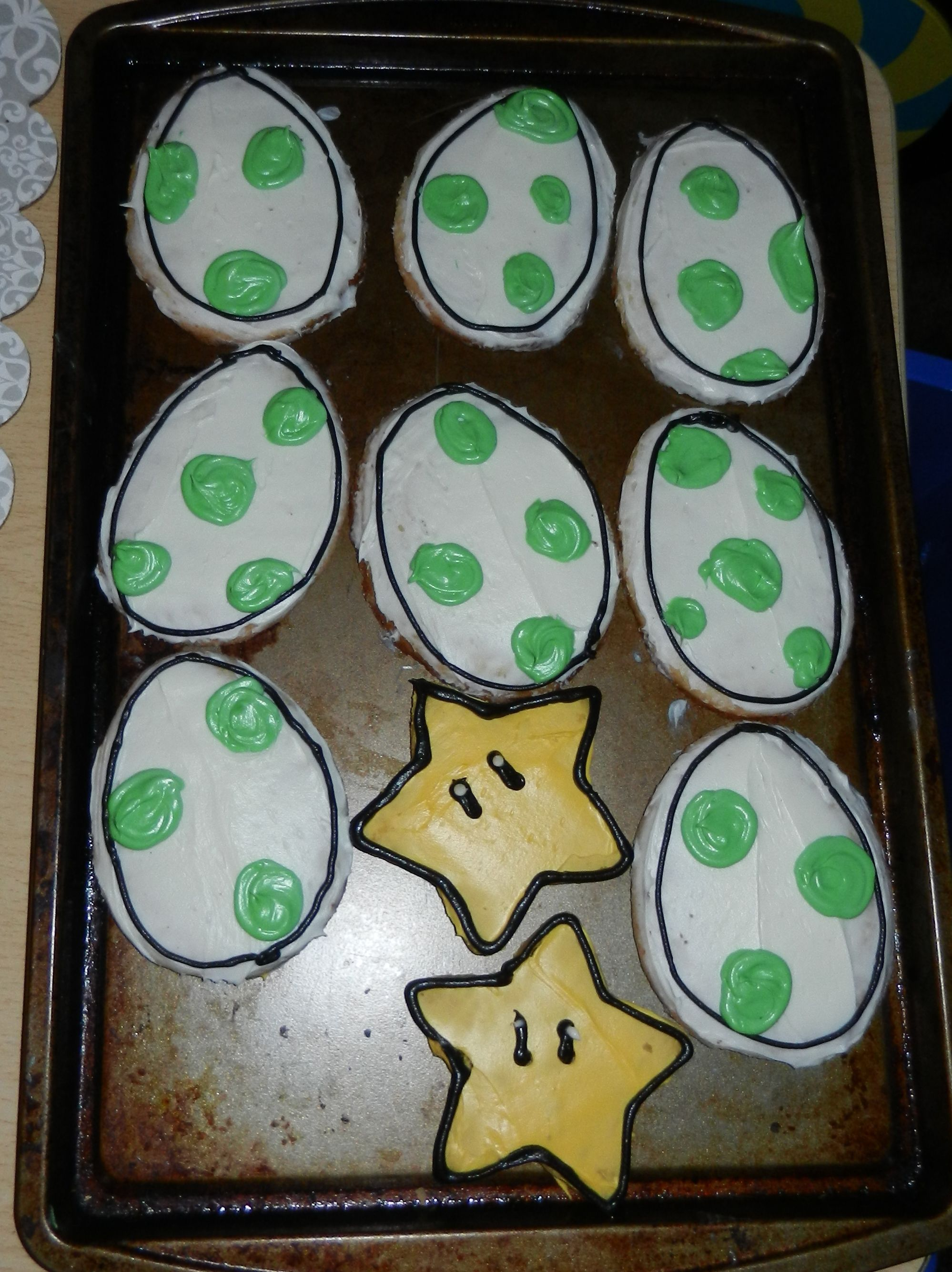 Yoshi egg cookies and Super Mario Star cookies #yoshi #yoshieggs…