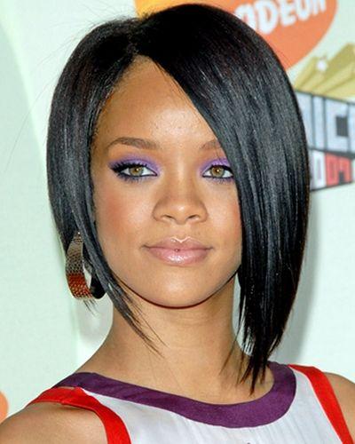 Rihanna Medium Length Hairstyle Rihanna Hairstyles Asymmetrical Bob Haircuts Haircuts For Fine Hair