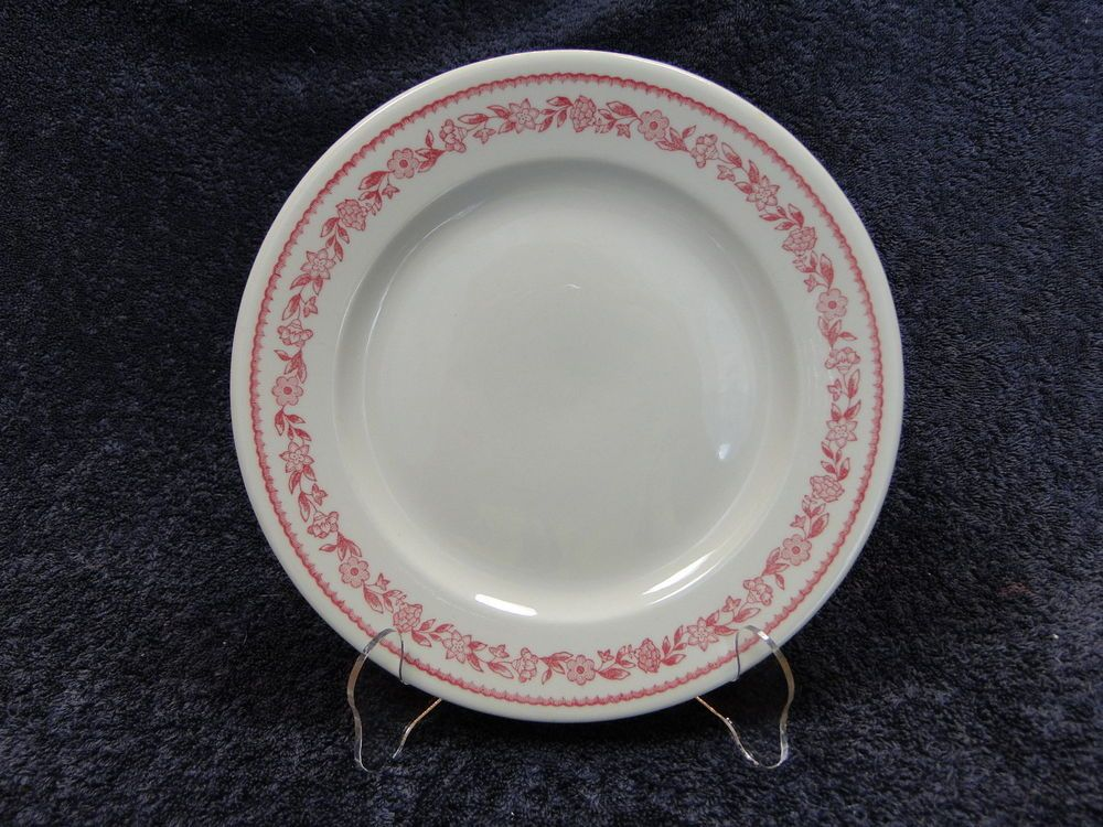 Buffalo China Kenmore Red Vintage Luncheon Plate 9\  & Buffalo China Kenmore Red Vintage Luncheon Plate 9\