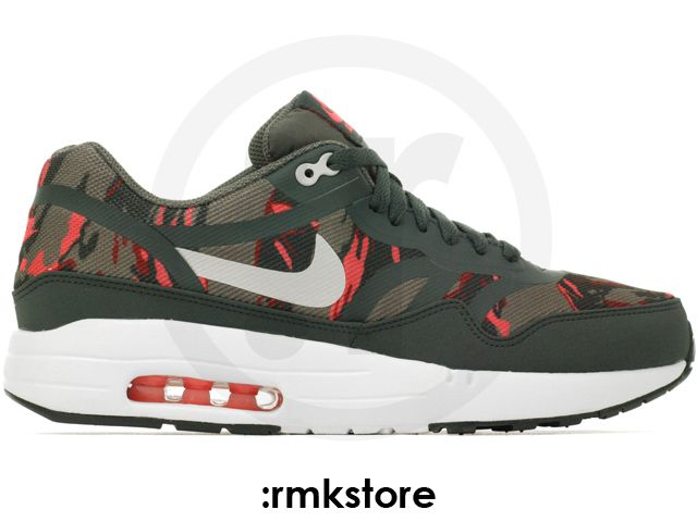 buy online 7dcf2 95381 Nike Air Max 1 PRM Tape Camo Pack Petra Brown Atomic Red
