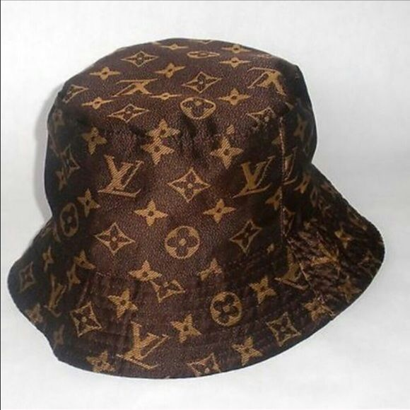 6aea2676fe819 Canvas Bucket Hat Bucket LV Rep Hat no trade ! Just selling i bought it  from another posher .