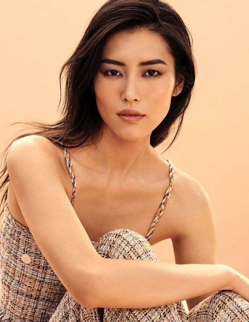 Liu Wen: Liu! Anna! Imaan! See Chanel's New Les Beiges Campaign.  Chanel unveils a new campaig...