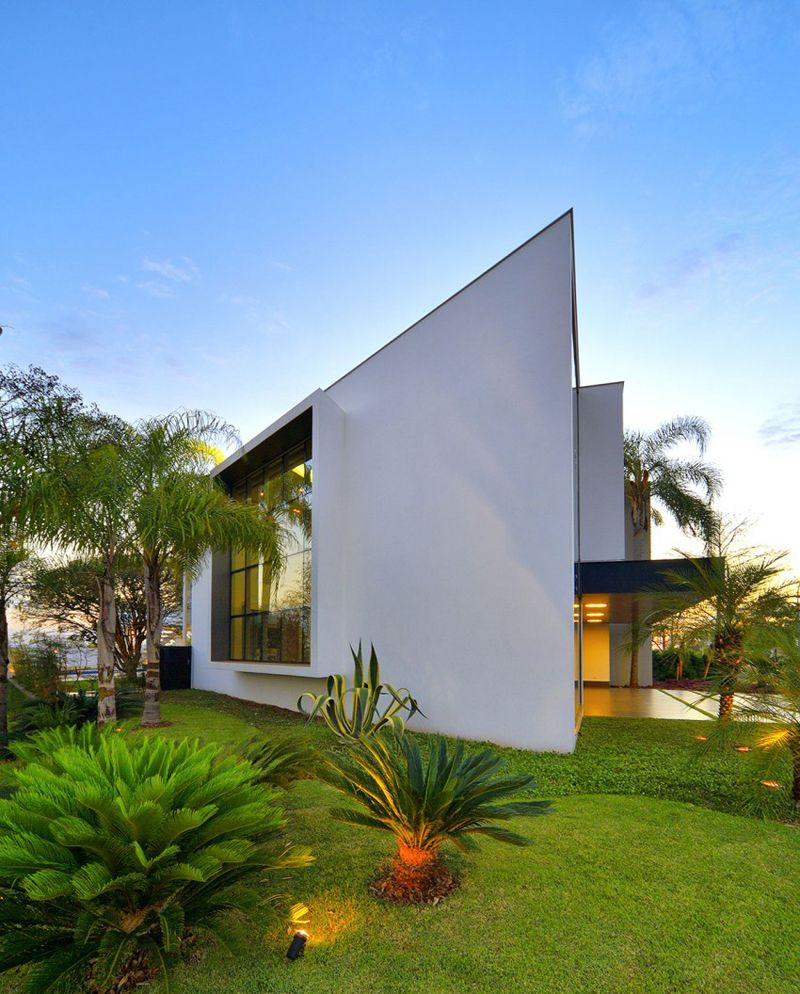 A Home Design Dream House Designs 10 Uncanny Ultramodern Homes Remarkable Design Shaping Modern House In Brazilby Raffo Arquitetura