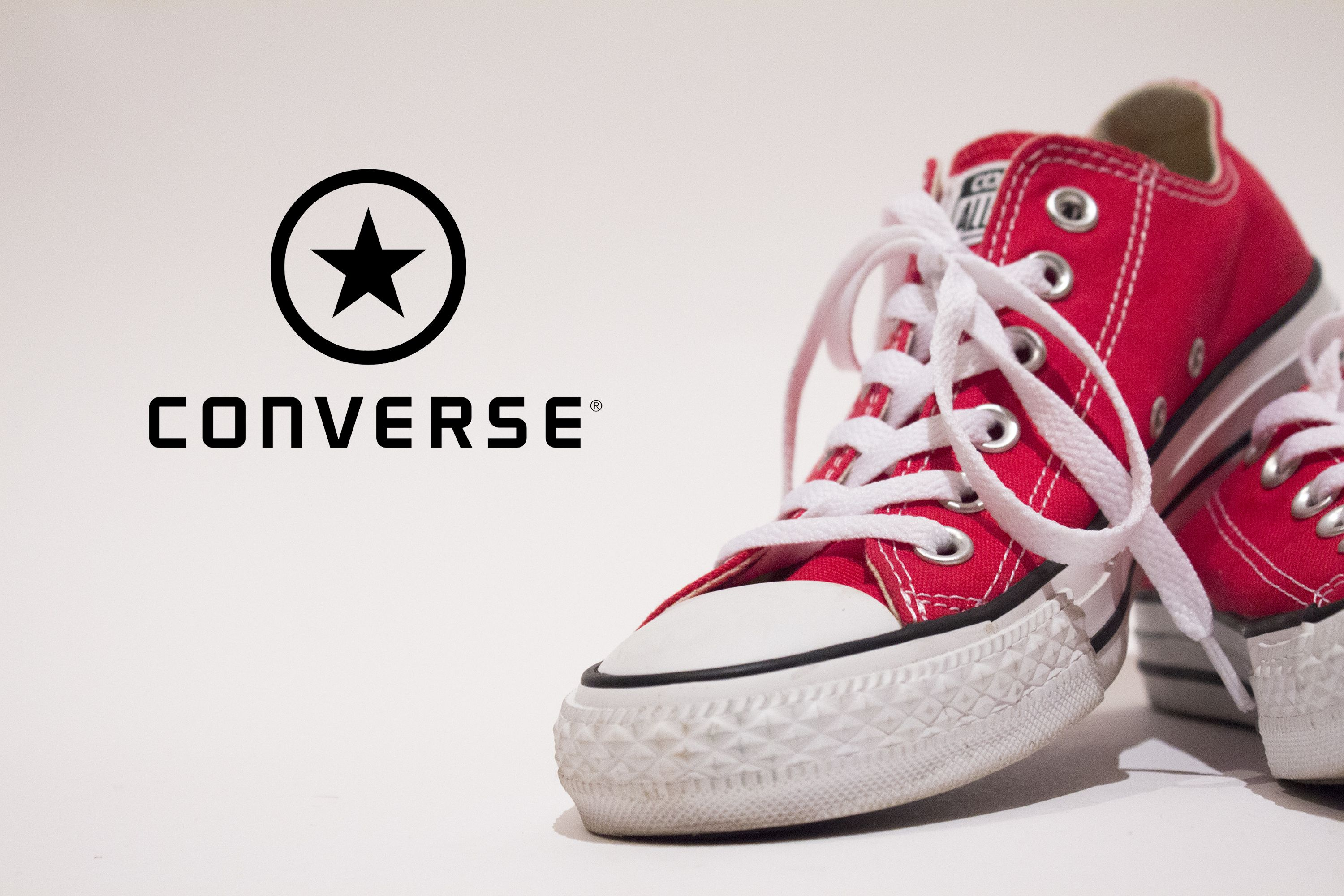 Chuck Taylor Converse (Product) Red low top M 11.5 W 13.5
