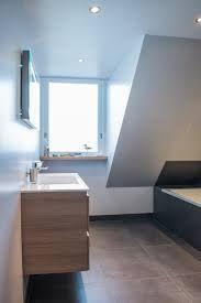 badkamer met schuine wand - Google zoeken