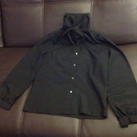 Vintage Lee Mar tie collar black pinup blouse Polyester vintage blouse, excellent condition. Vintage size 8, modern M-L Vintage Tops Blouses
