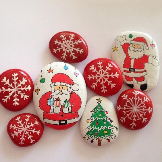 26 Wonderful Ideas Of Painted Christmas Rocks That