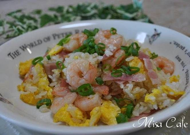 Chinese 5-Spice Powder Scented Shrimp Fried Rice Recipe -  Yummy this dish is very delicous. Let's make Chinese 5-Spice Powder Scented Shrimp Fried Rice in your home!