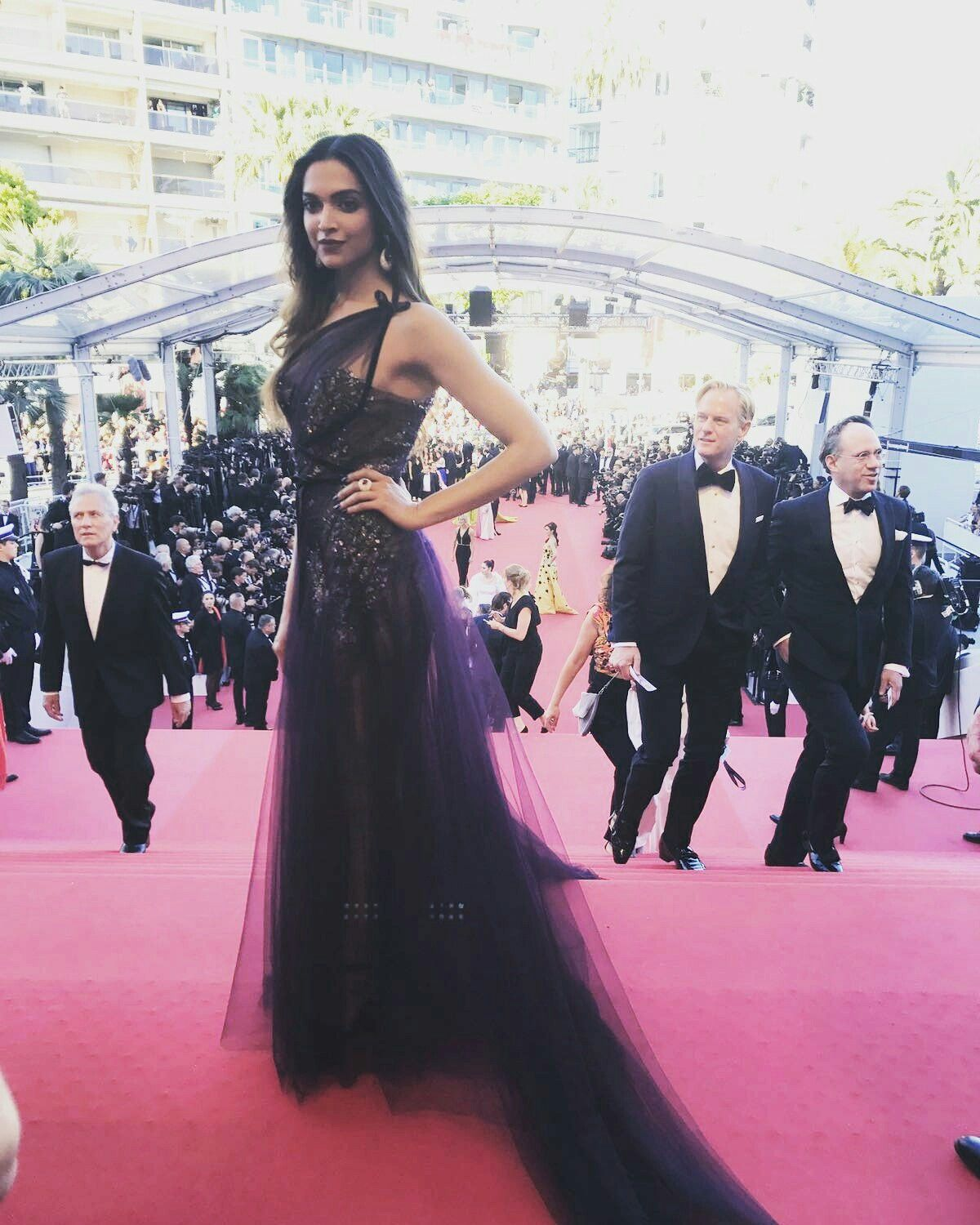 Deepika padukone at the opening ceremony of 70th cannes film festival nude (99 image)