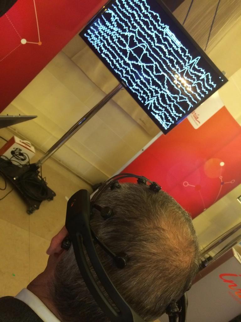 Mesure de l'activité cérébrale du PDG d'@Inria : intense ! #InriaAuSenat