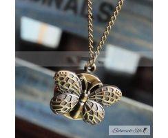 Kette mit vintagen Uhr Schmetterling im weißen Organza...