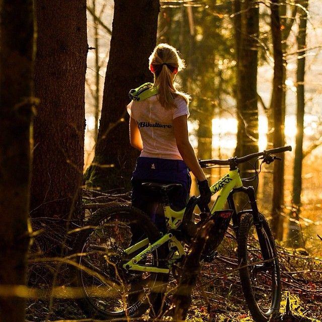 Mtb Bike Girl Forest Lake Biking Mountainbiking Sunset Mountain