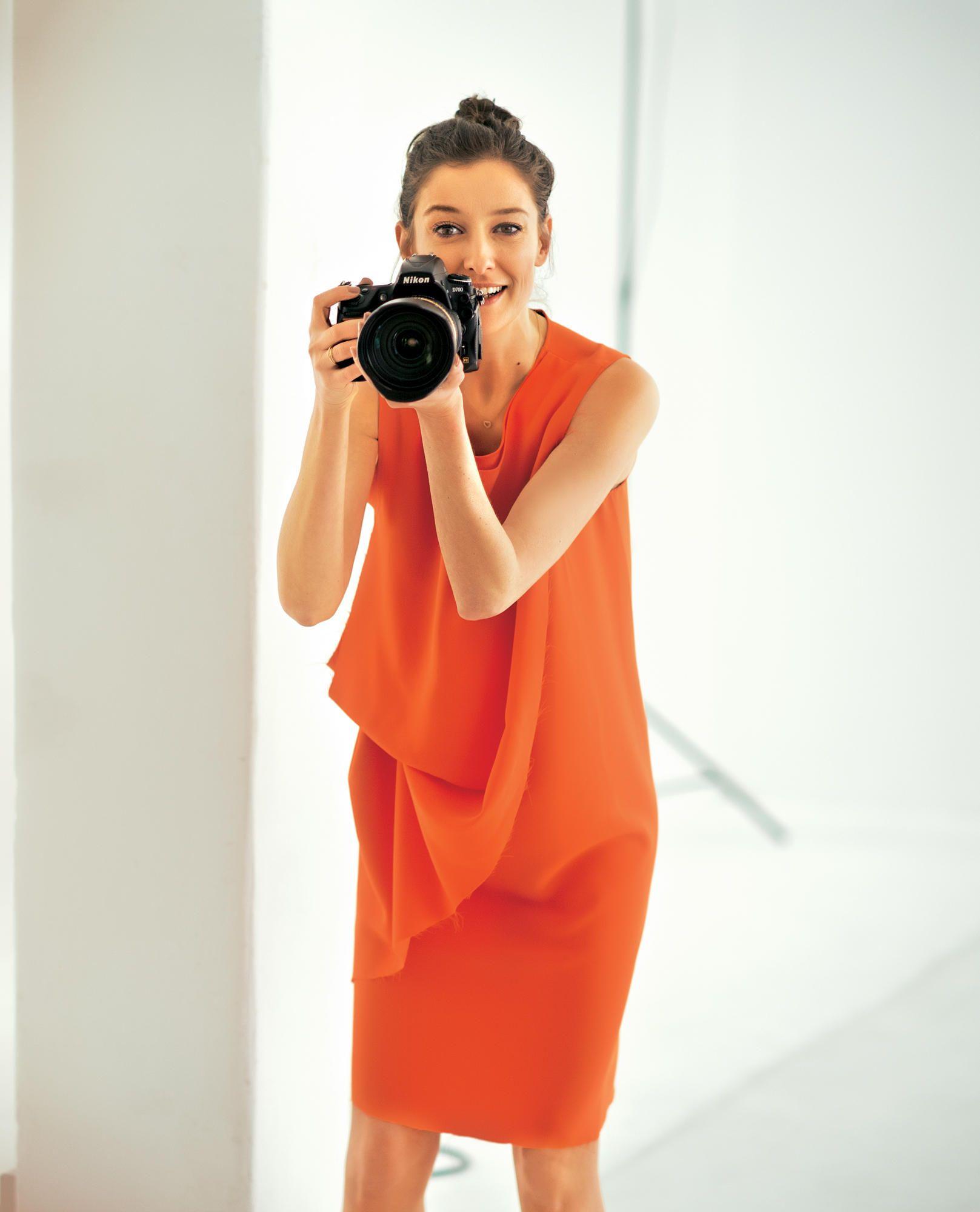 Alexandra Maria Lara zeigt die neuen Sommerkleider | Alexandra maria ...